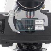 Удобный предметный столик микроскопа с препаратоводителем на 2 слайда