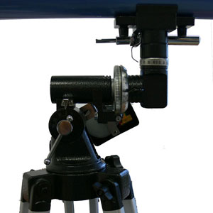 Экваториальная монтировка телескопа -- опорно-поворотное устройство