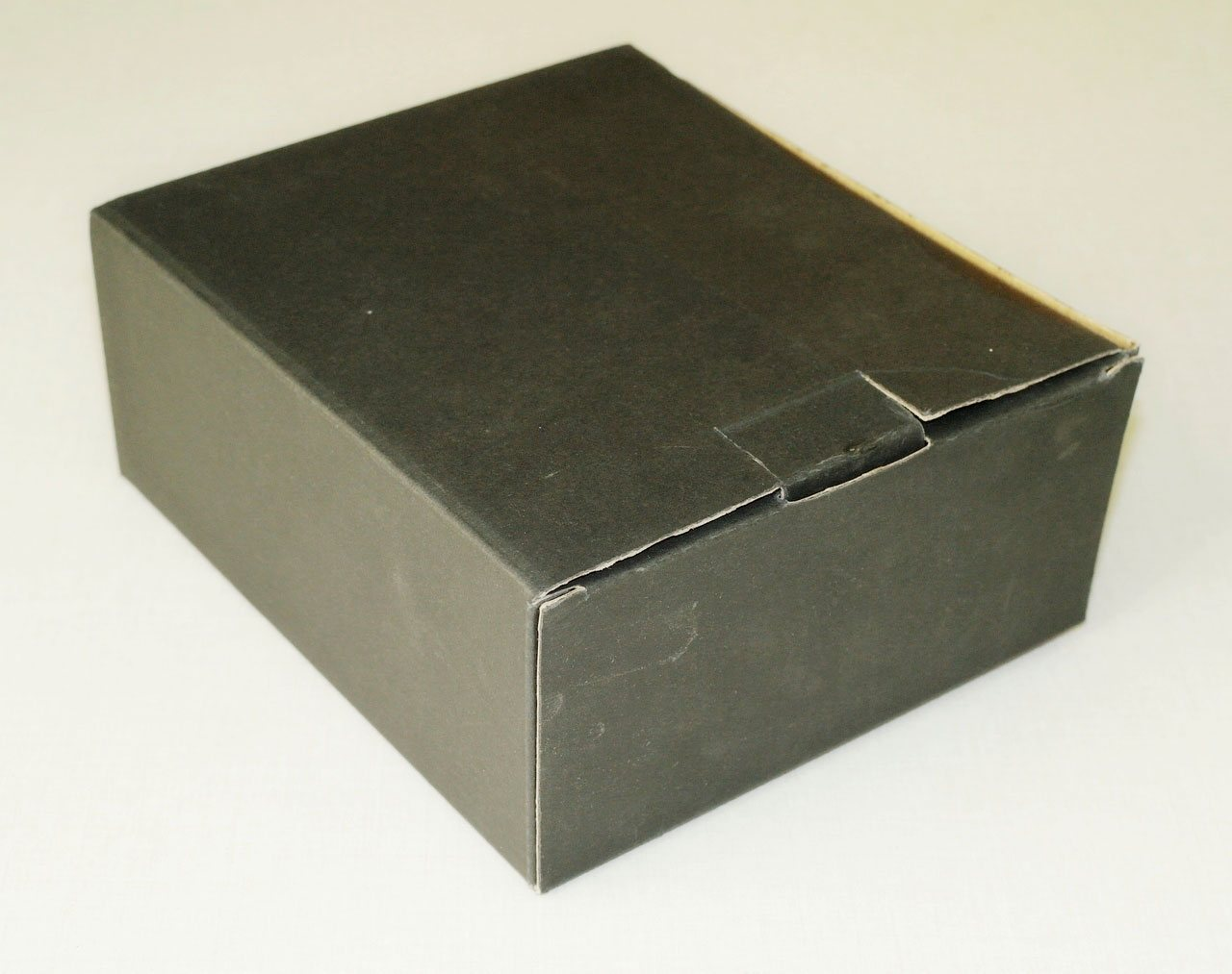 Коробка бинокля SIGETA Grace ED 8x42