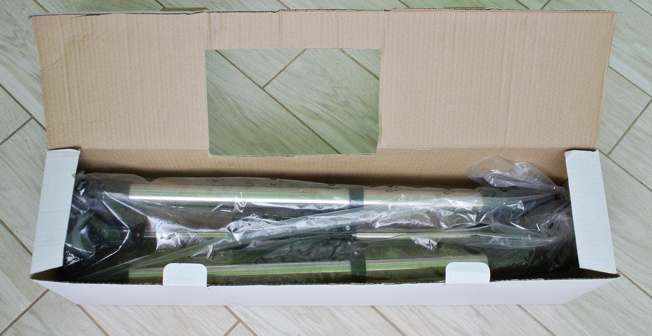 Коробка с треногой телескопа SIGETA Mensa