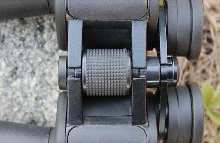 Фокусировочный механизм бинокля Arsenal 15х70 Porro