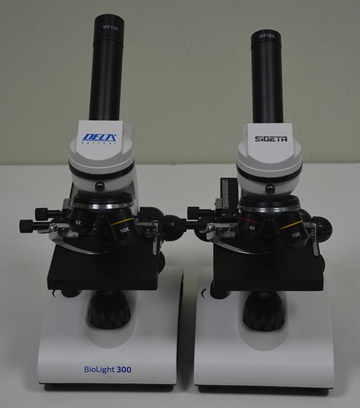 Микроскопы SIGETA Bionic 64x-640x и Delta Optical Biolight 300 рядом на столе: сравниваем размеры