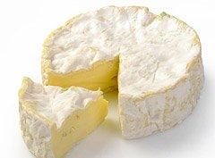 Сыр рокфор производится с применением плесени P. roqueforti